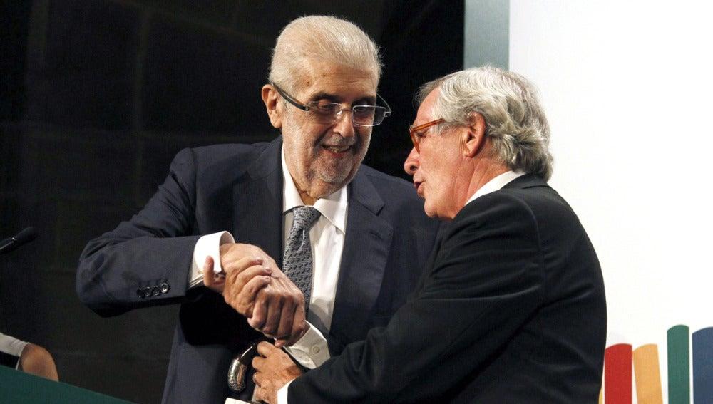 El presidente del Grupo Planeta, José Manuel Lara Bosch, recibe el premio Liber por su trayectoria editorial