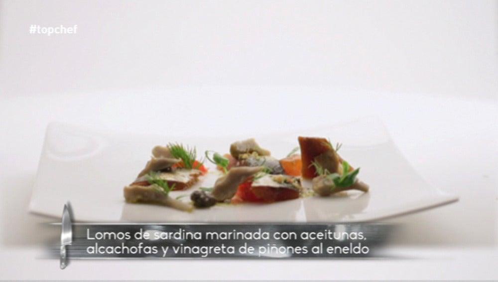 Sardinas marinadas con aceitunas y alcachofas