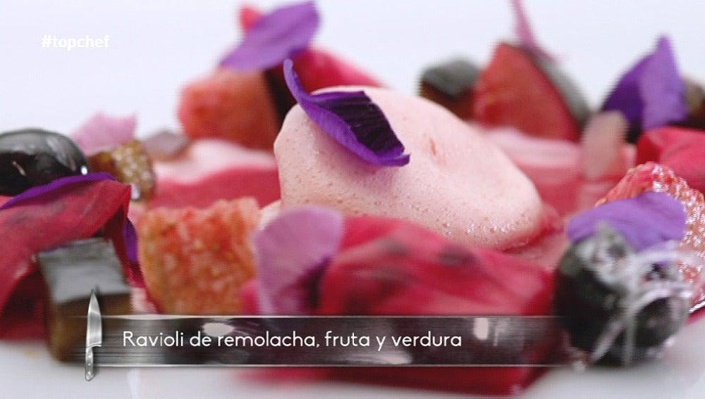 Cromatismo morado, raviolis de remolacha, fruta y verdura
