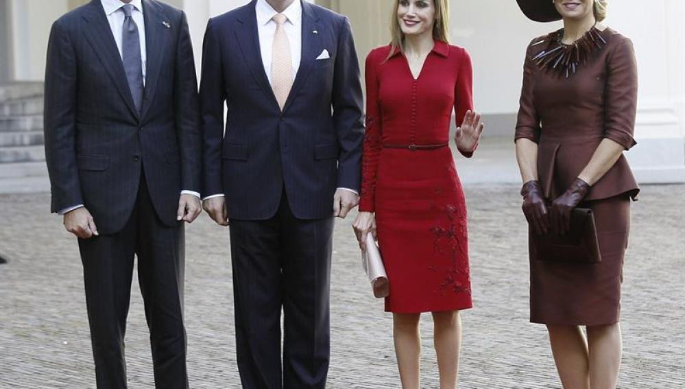 Los Reyes de España a su llegada al Palacio Noordeinden