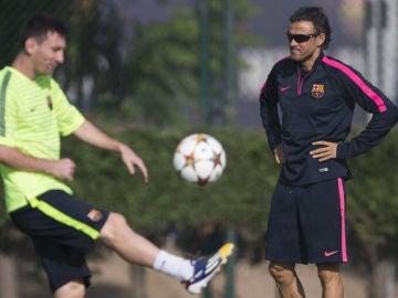 Luis Enrique y Messi en el entrenamiento del Barcelona