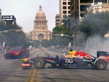 Exhibición de Vettel y Ricciardo en las calles de Austin