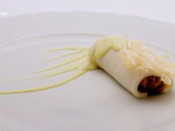Canelones de pichón con falsa pasta de bechamel