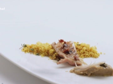 Lomo de lechazo con vainilla, cous-cous especiado y sus hígados