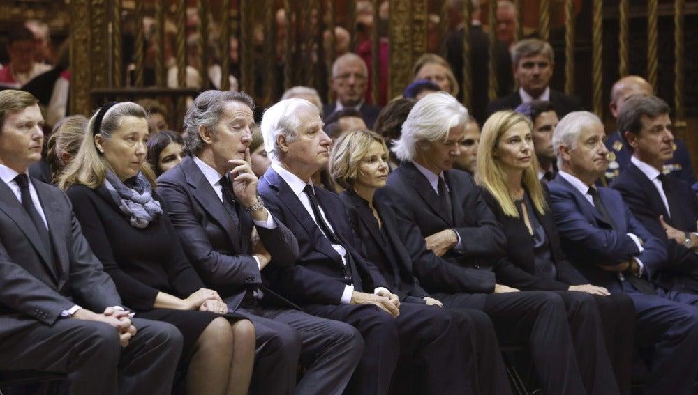 Los hijos de la Duquesa de Alba en el funeral