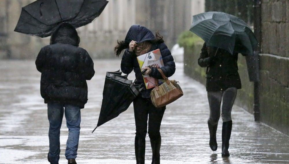Lluvia y frío en el último fin de semana del año