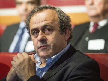 Michel Platini en una reunión de la UEFA
