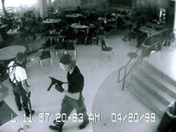 8) Eric Harris y Dylan Klebold mataron a 15 personas en Columbine en 1999
