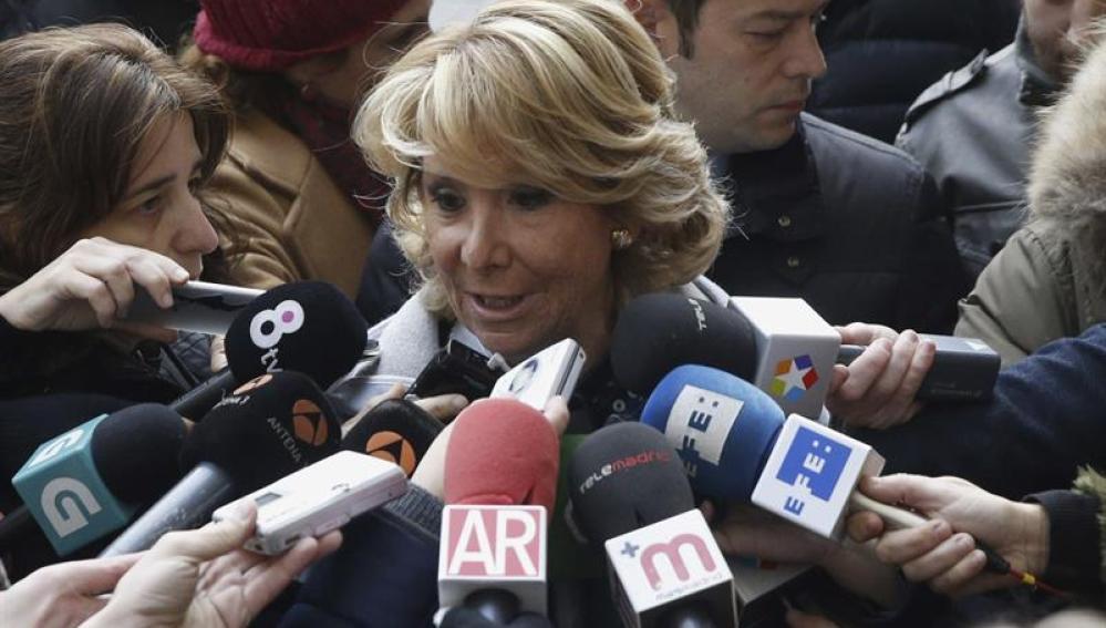 Esperanza Aguirre a su llegada a los juzgados