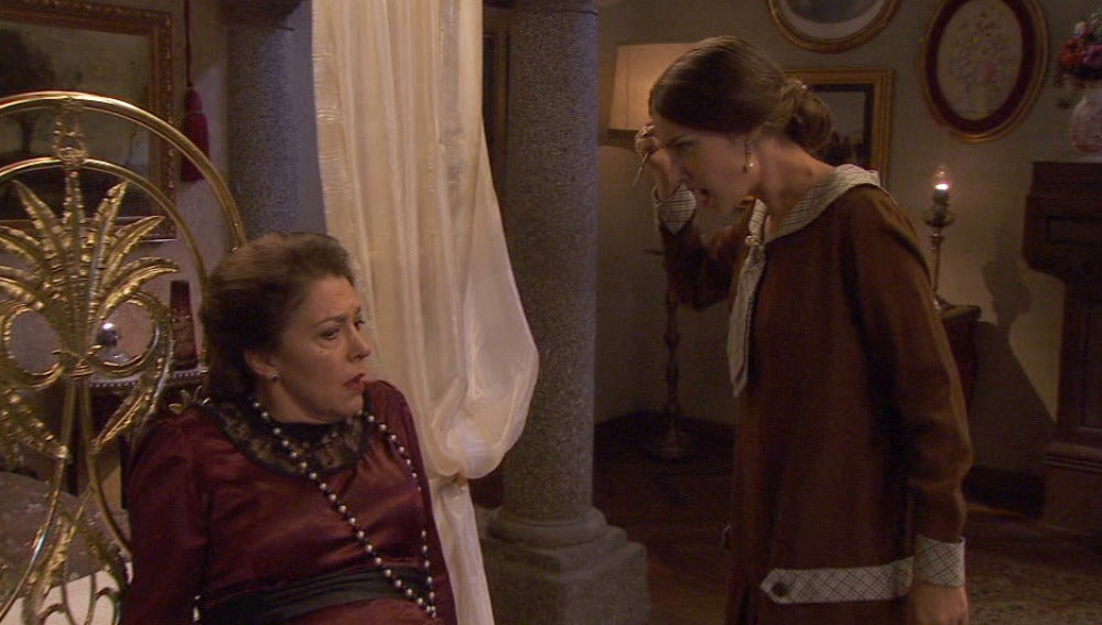 Francisca y Amalia