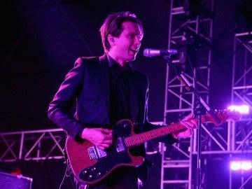 Alex Kapranos, en plena actuación
