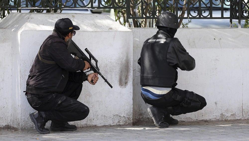 Miembros de las fuerzas de Seguridad tunecinas