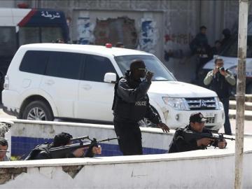 Dispositivo policial tras el atentado de Túnez