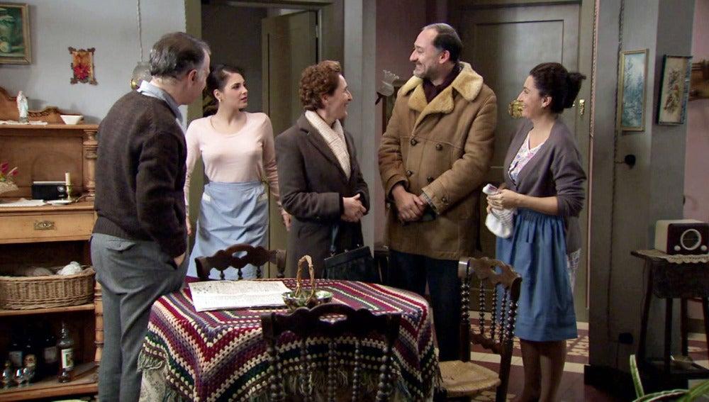 Felipe con la familia