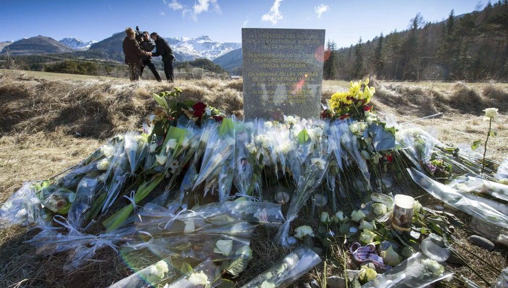 En recuerdo a las víctimas de Germanwings (27-03-2015)