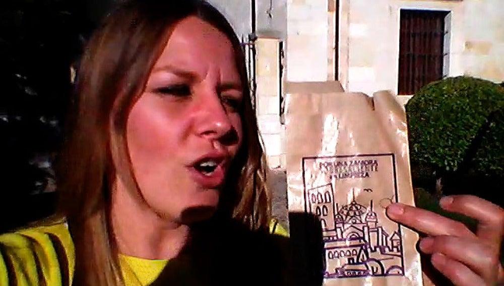 Susana Ahijado explica la traidición de comer pipas en Zamora en Semana Santa