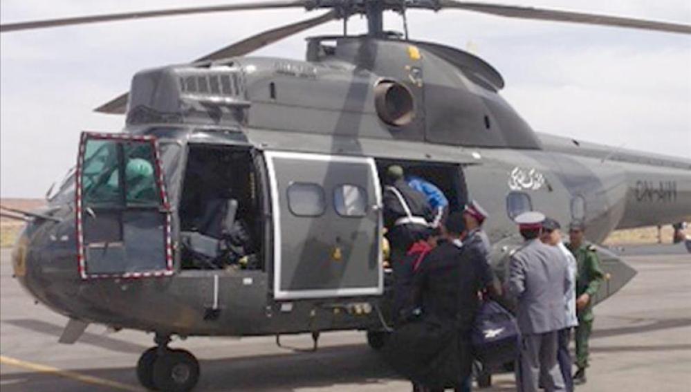 Helicóptero que participa en las labores de rescate