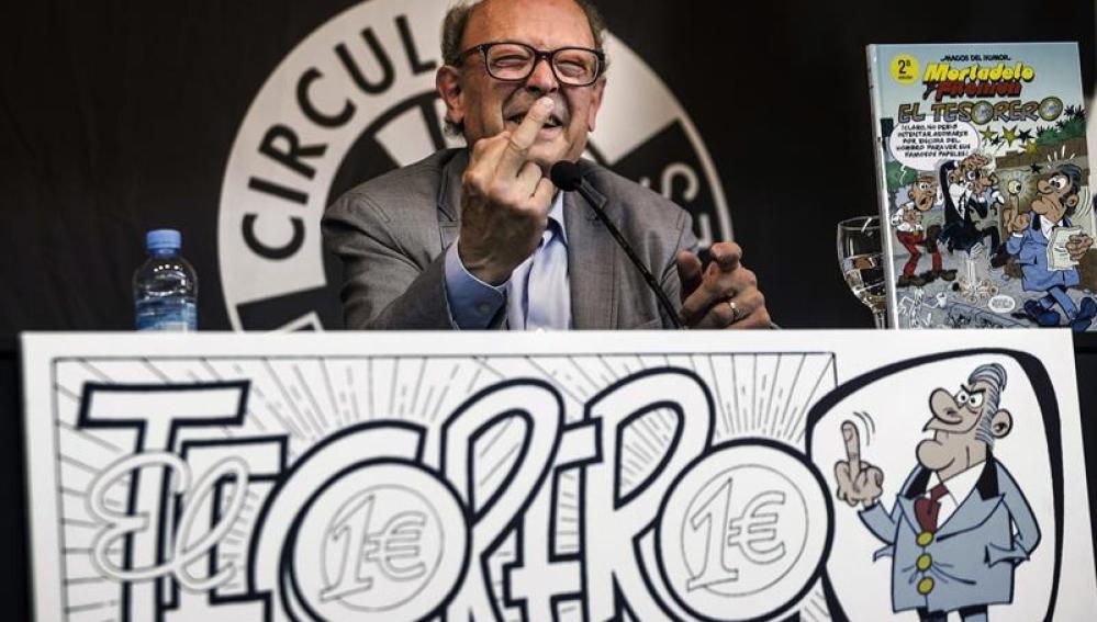 Francisco Ibáñez presenta su número 200 de Mortadelo y Filemón, 'El tesorero'