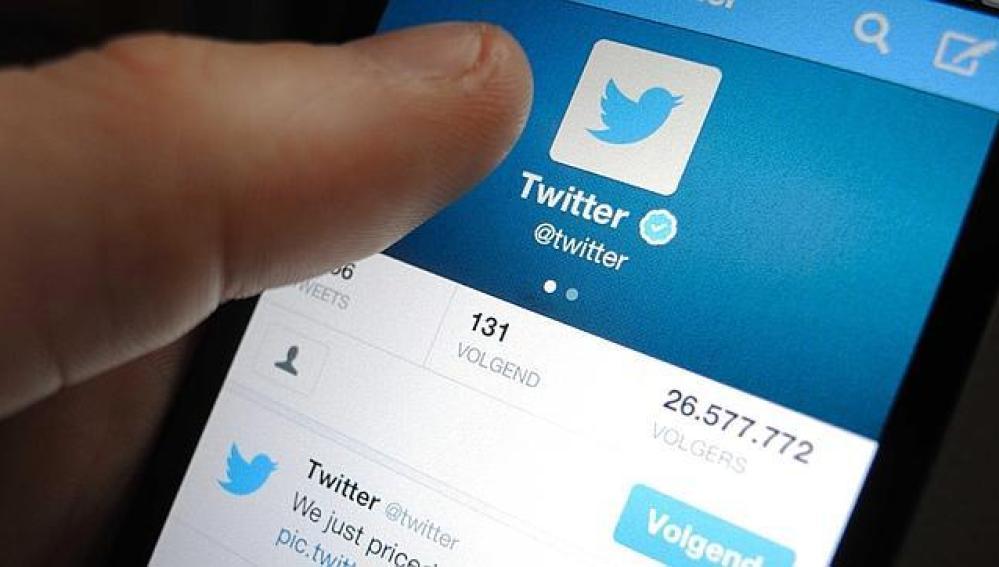 Móvil usando Twitter