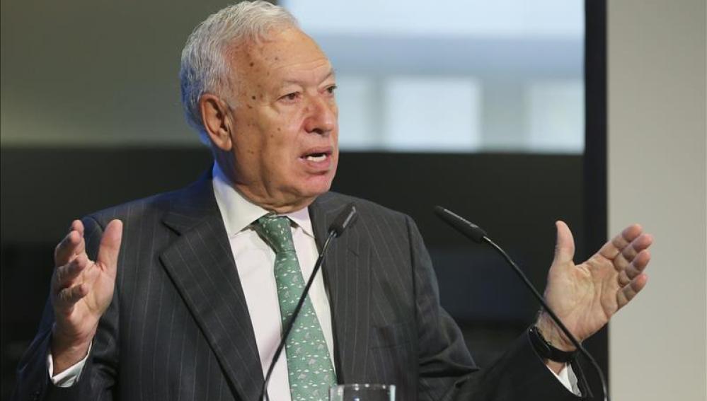 """Margallo defiende la gestión en el rescate de los espeleólogos pero admite """"disfunciones"""""""