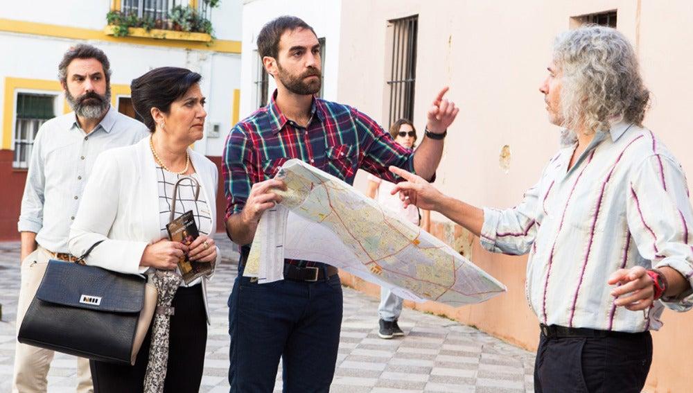 Iñaki y su madre intentan ubicarse en Sevilla sin mucho éxito