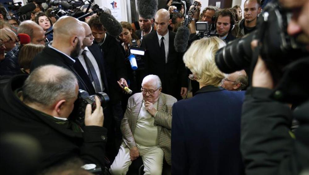 El presidente de honor del partido de ultraderecha Frente Nacional (FN), Jean-Marie Le Pen