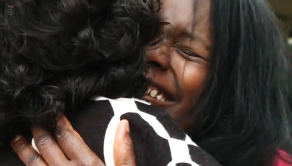 Una mujer de San Luis se reúne después de 50 años con su hija, a la que creía muerta