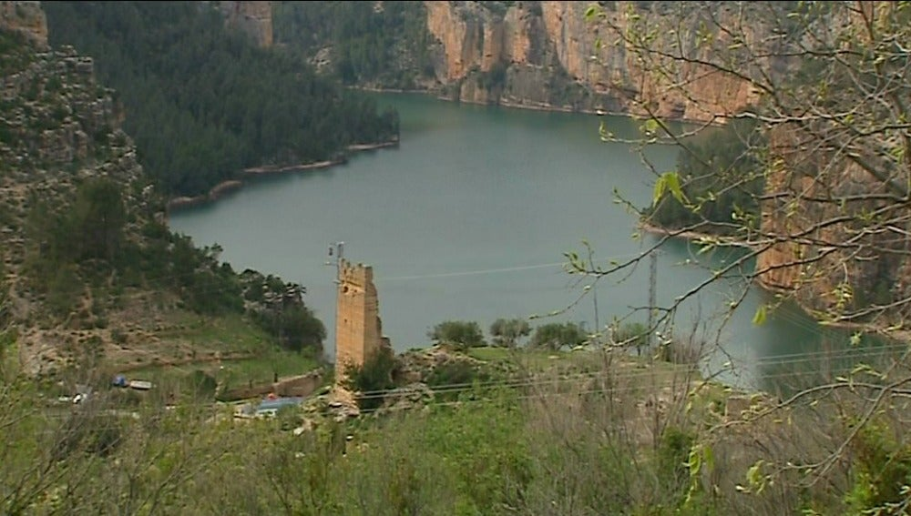 Estudian habilitar una vía fluvial en Cortes de Pallás, Valencia, para poner fin a su aislamiento