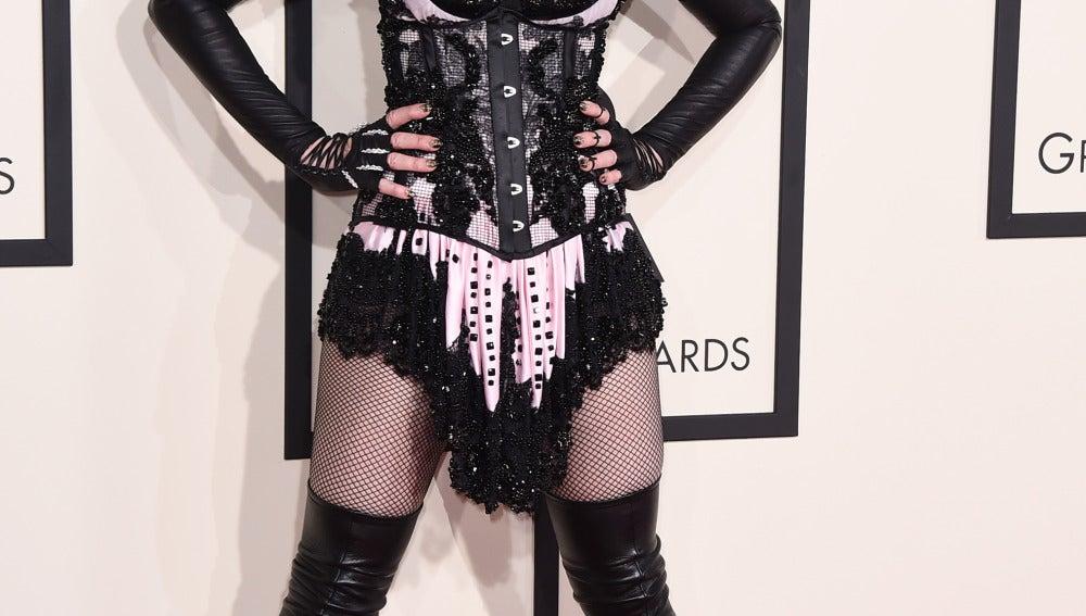 Madonna vestida de torera