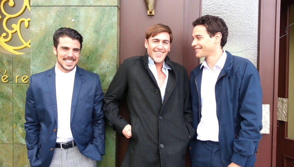 Javier Hernández (Jorge), Fernando Vaquero (Juan),  y Álex Martínez (Américo)