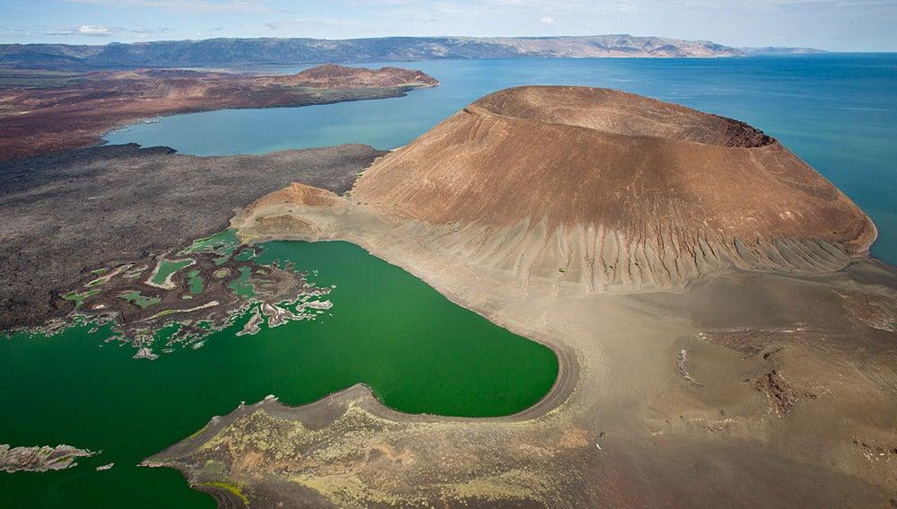 Imagen del lago Turkana donde se encontraron los restos