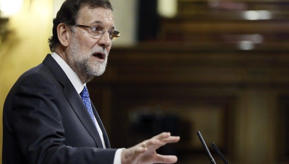 """Rajoy admite que el escándalo de Rato """"afecta"""" al PP"""