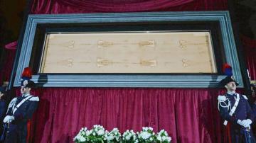 La Sábana Santa se expone en la Catedral de Turín