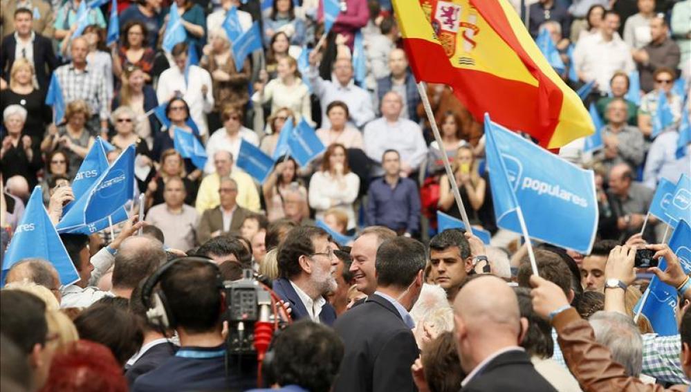 """Rajoy defiende la """"gran nación"""" que es España frente a quienes solo ven lo malo"""