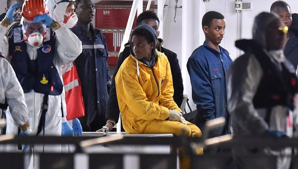 Supervivientes del barco naufragada en el Mediterráneo