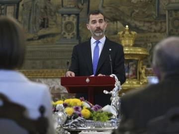 El rey Felipe VI, durante un discurso en el almuerzo con Juan Goytisolo
