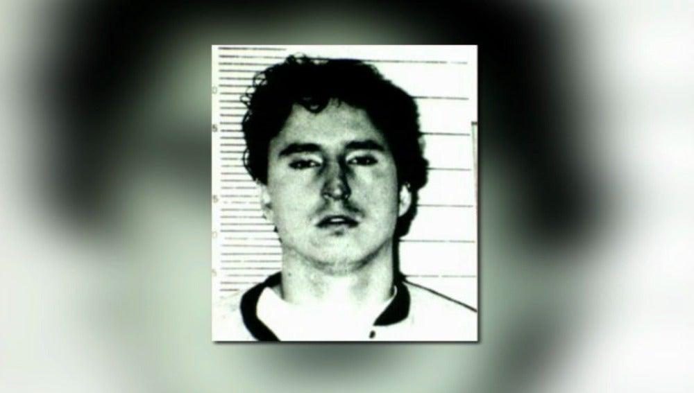 El etarra Balerdi, autor de 8 asesinatos, queda libre tras un error administrativo
