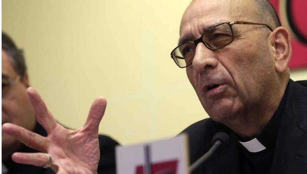 """Juan José Omella, durante la presentación del documento """"Iglesia, servidora de los pobres"""""""