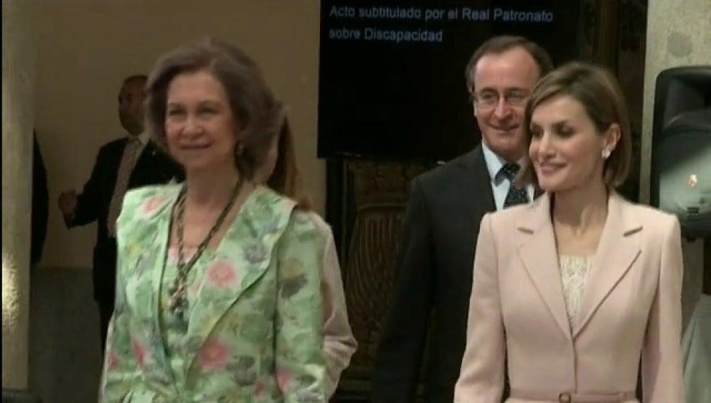La Reina Letizia y Doña Sofía protagonizan su primer acto oficial conjunto