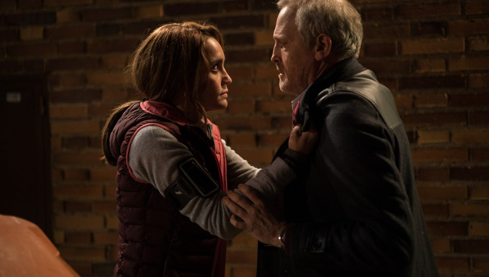 María le dice a Francisco toda la verdad