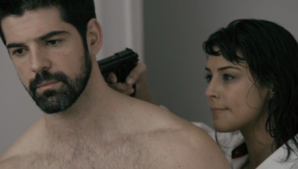 Bruno es amenazado de muerte por la falsa Mercedes Dantés