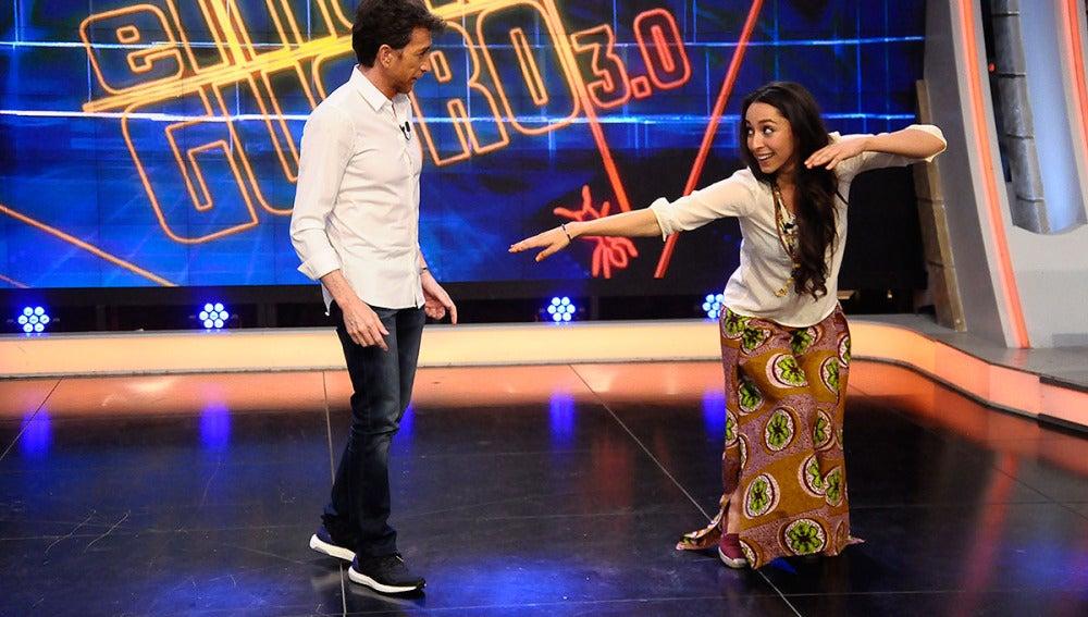 Oona Chaplin con Pablo Motos en El Hormiguero 3.0