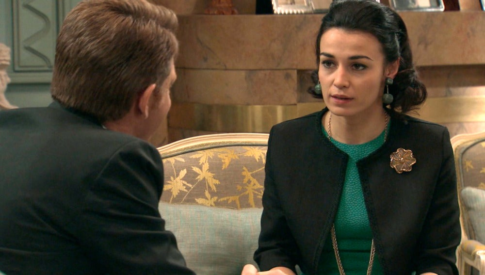 Laura cree que Víctor siente algo por ella