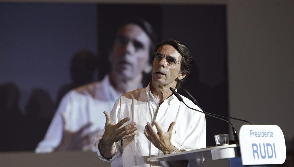 Aznar en un mítin