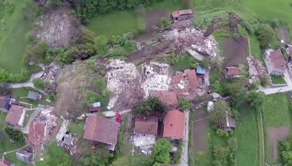 Dron captando imágenes de una catástrofe