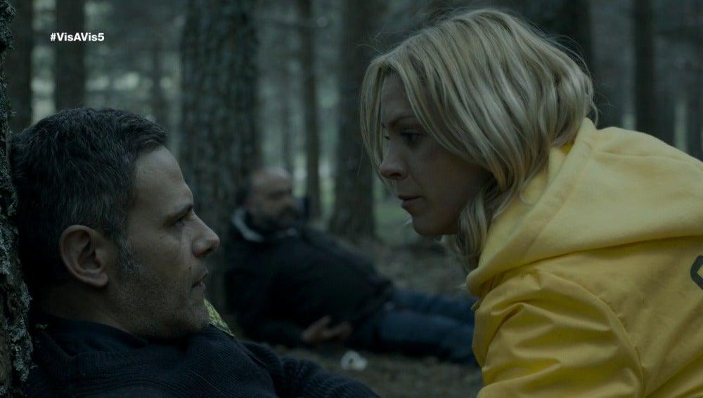 Fabio y el inspector sobreviven al tiroteo y Macarena les ayuda a sobrevivir