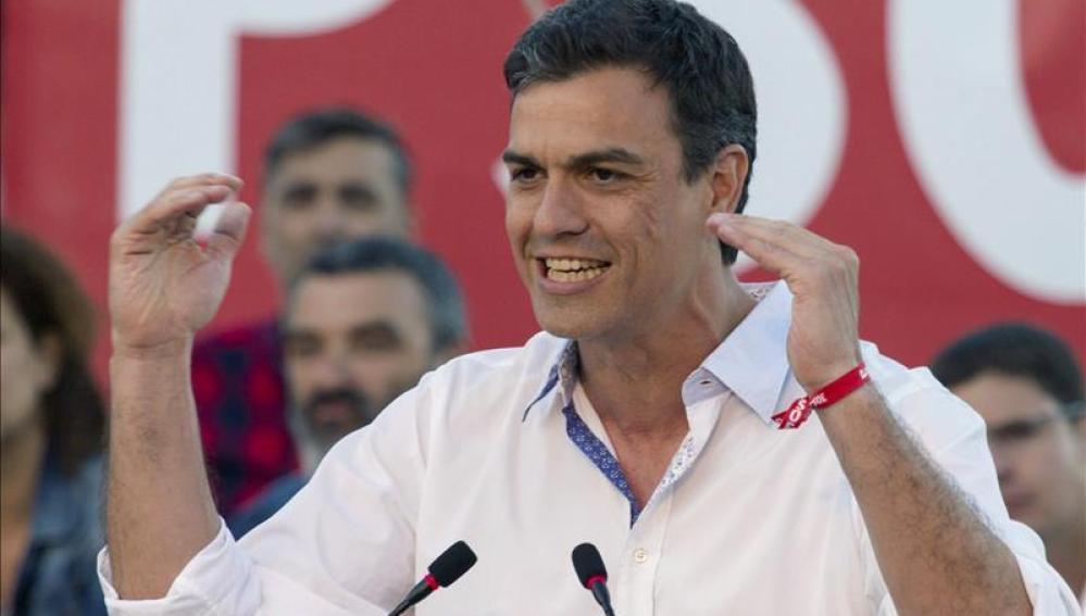 Pedro Sánchez en un mítin