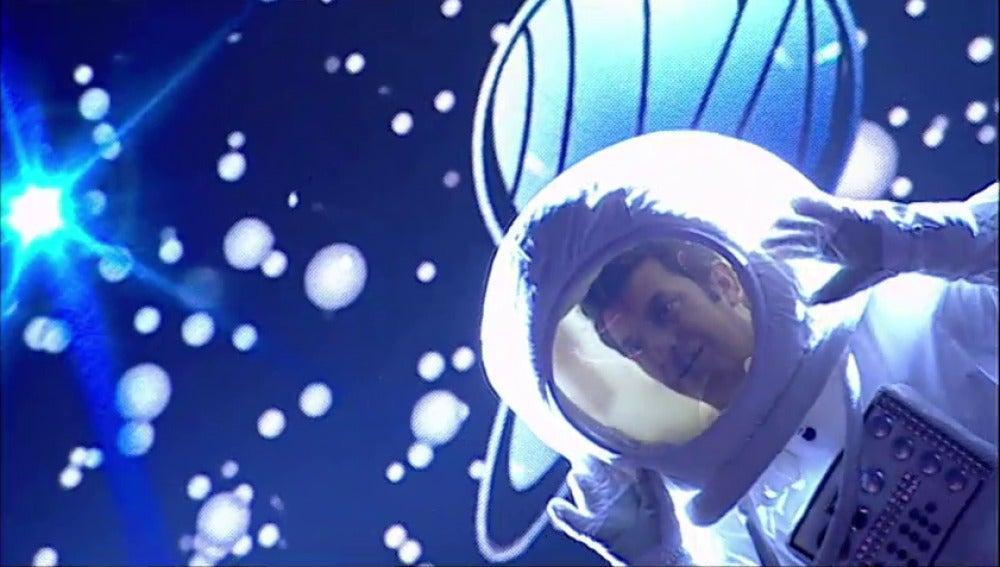 Arturo Valls llega desde la luna