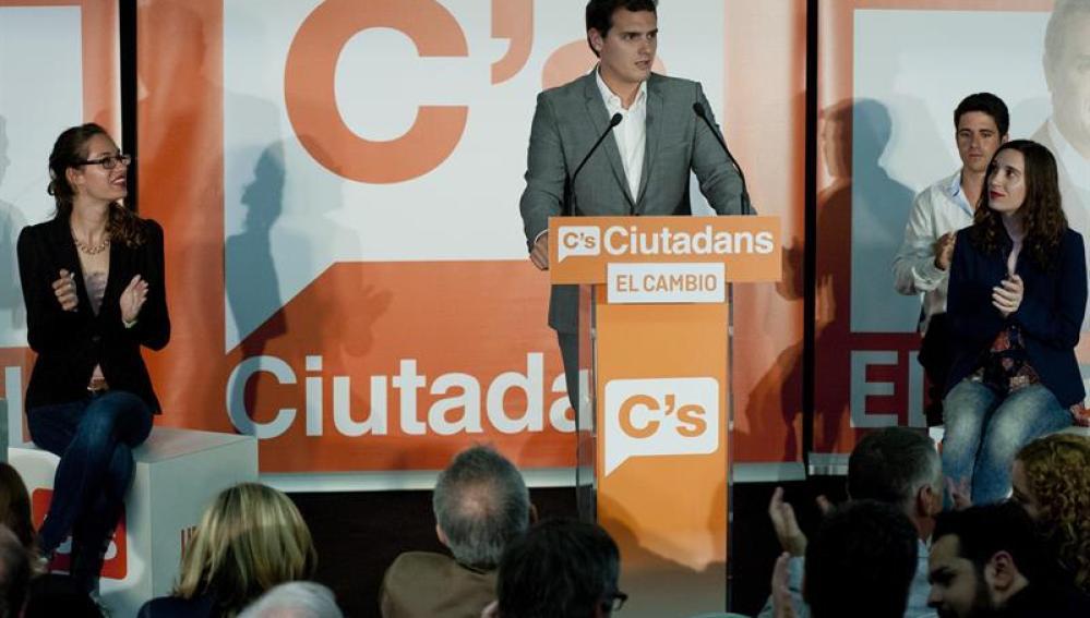 Albert Rivera durante un acto electoral