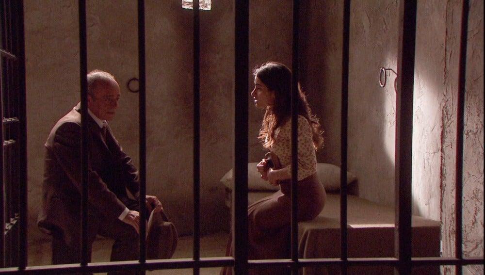 El alcalde visita de nuevo a Inés